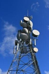 Antennes relais : ne pas abuser du principe de précaution