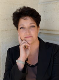 Isabelle Brezzo, Léonidas Bordeaux : « Foursquare a modifié la perception qu'avaient les gens des boutiques »