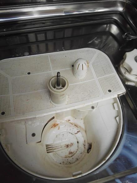 lave vaisselle qui vidange en permanence forum electrom nager. Black Bedroom Furniture Sets. Home Design Ideas