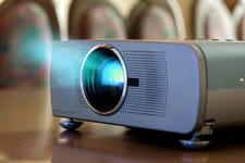 Vidéoprojecteur portable: l'écran de ciné à emporter partout