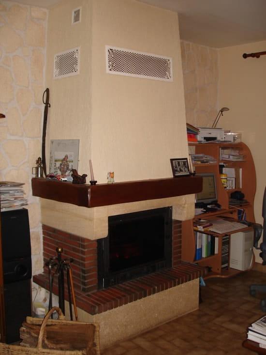 je dois changer mon foyer ferm mais il faut casser la. Black Bedroom Furniture Sets. Home Design Ideas