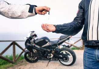 moto sans carte grise Vendre une moto d'occasion   Documents obligatoires   Droit Finances