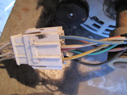 Branchement d 39 un moteur de machine laver electricit - Machine a laver sans electricite ...
