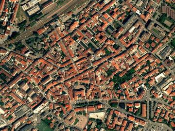 Voir un quartier ou une maison par satellite ou en 3D