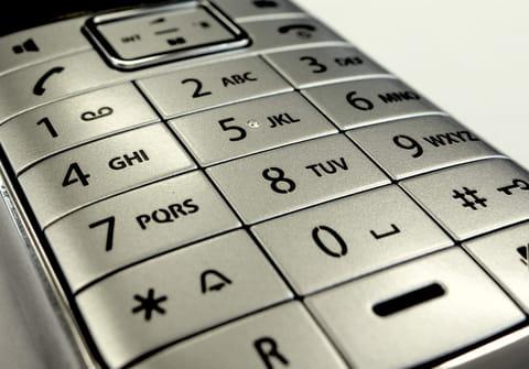 Identifier les indicatifs téléphoniques en France et dans le monde