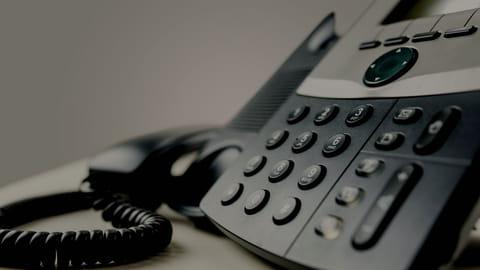 Trouver le numéro de téléphone non surtaxé d'un service client