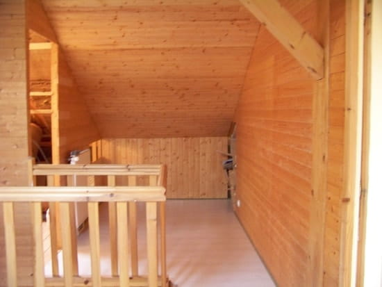comment relooker un int rieur tout en lambris peut on le. Black Bedroom Furniture Sets. Home Design Ideas