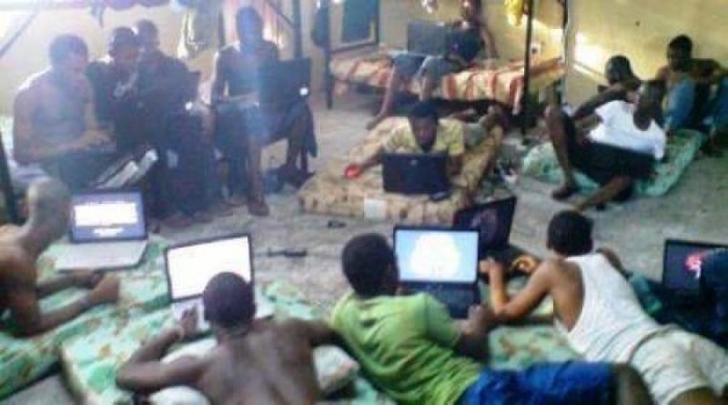 Escroqueries en ligne de rencontres en Afrique