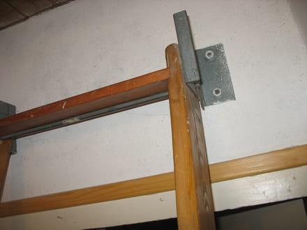 une chelle droite et de meunier pour une mezzanine divers bricolage et travaux. Black Bedroom Furniture Sets. Home Design Ideas