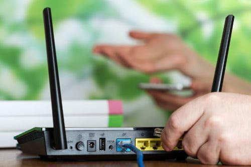 Comment savoir si quelqu'un vole votre WiFi Robowifi3