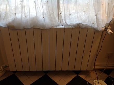 bruit d eau qui coule dans radiateur awesome bruit d eau qui coule dans radiateur with bruit d. Black Bedroom Furniture Sets. Home Design Ideas
