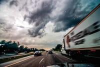 Les radars et les limitations de vitesse bientôt dans Google Maps