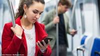 Mobile ou ordi ? Les Français ont choisi