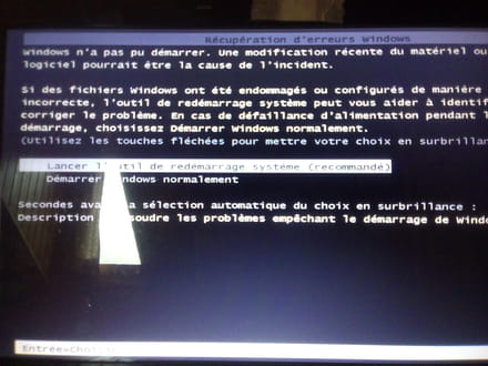 Ecran noir curseur au démarrage de windows [résolu]