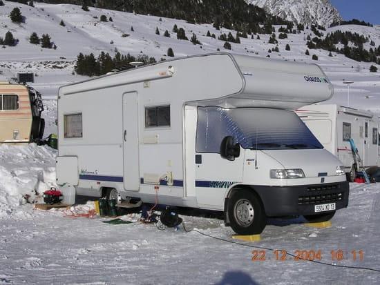 j 39 envisage d 39 acheter un camping car quels sont les pi ges. Black Bedroom Furniture Sets. Home Design Ideas
