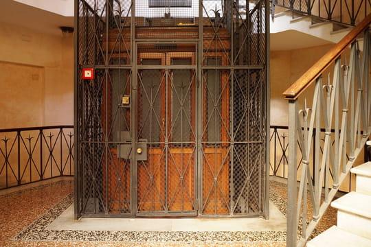 Ascenseur en copropriété: vote, charges et entretien