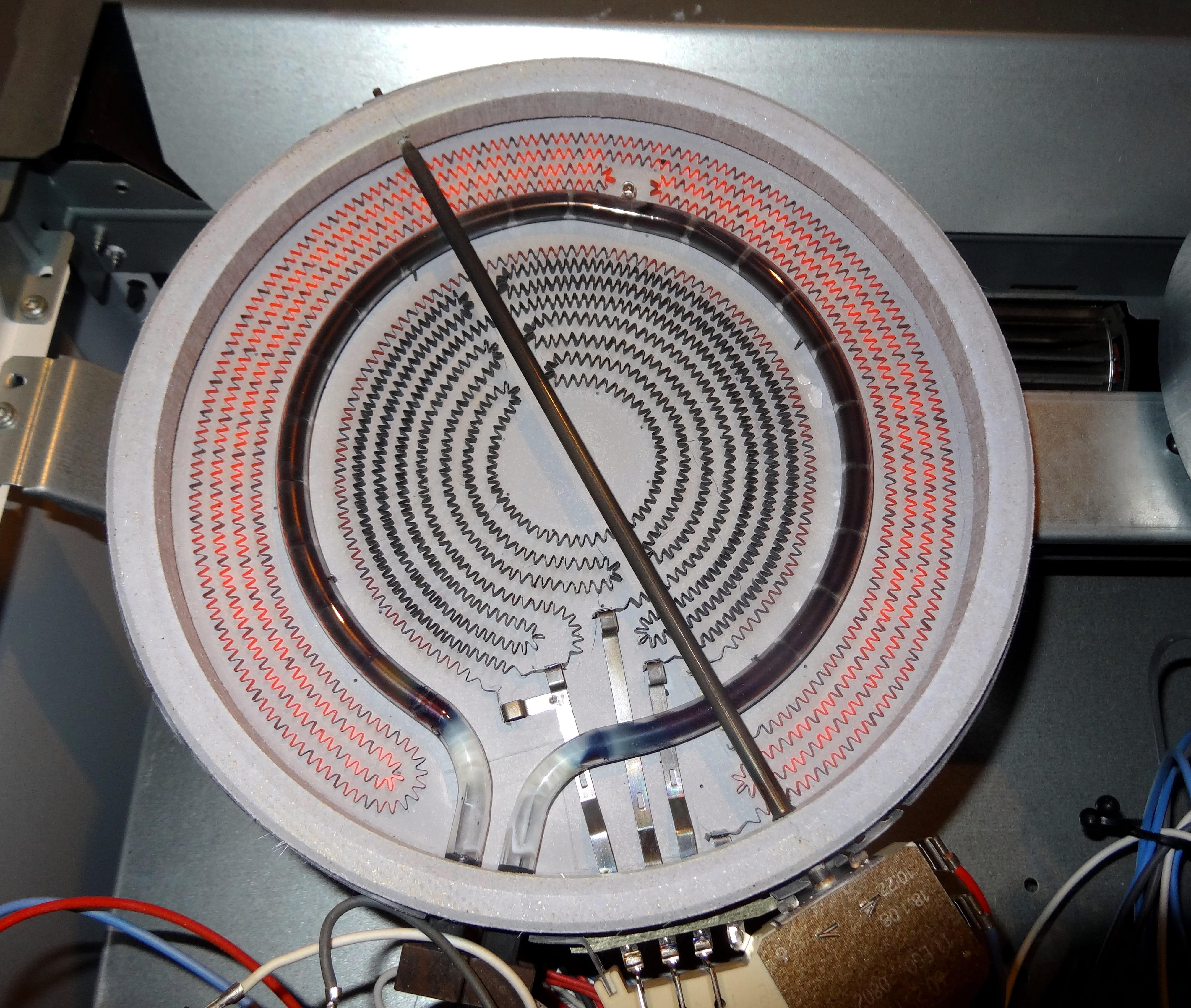 Demonter Plaque De Cuisson Electrique dépannage plaques vitrocéramiques cuisinière sauter scv 761