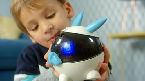Winky, le premier robot éducatif made in France débarque sur le marché WinkyEnfant