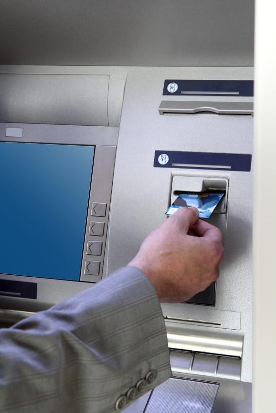 Retirer De L Argent A L Etranger Avec Sa Carte Bancaire