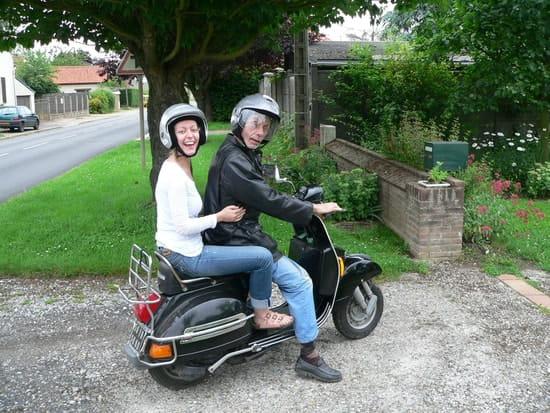 et les vieux scooters y a t 39 il des passionn s de vespa ts gt gtr px sur l forum moto et. Black Bedroom Furniture Sets. Home Design Ideas