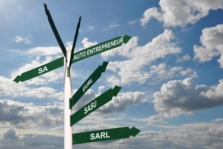 Différence entre entreprise et société: définitions