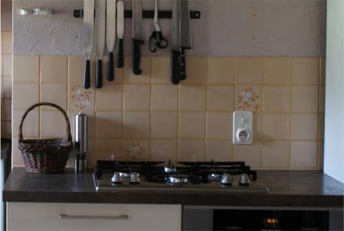 Recouvrir carrelage cuisine - Recouvrir du carrelage mural ...