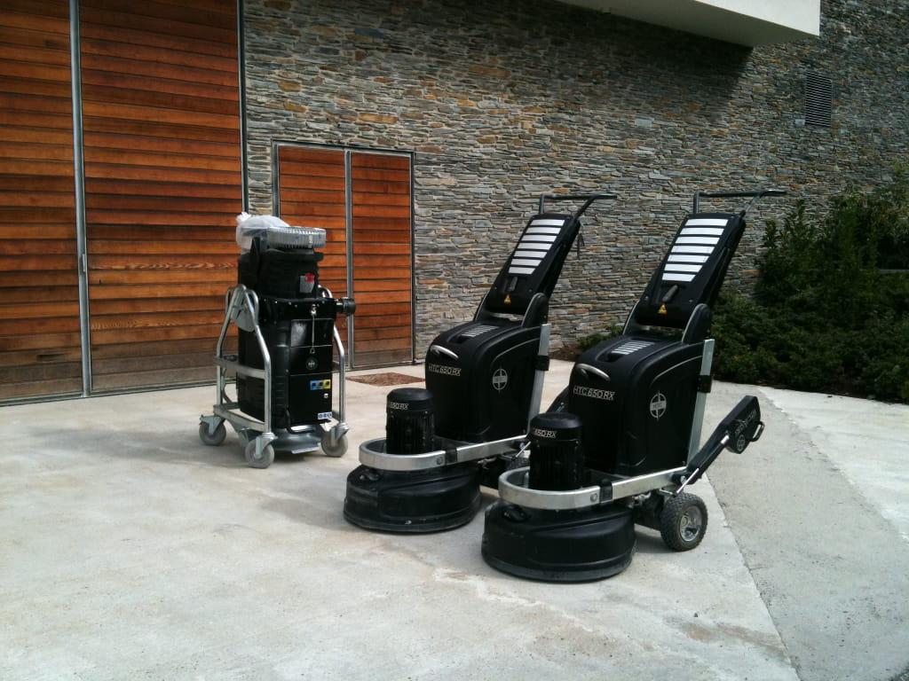 service de nettoyage - sol pierre