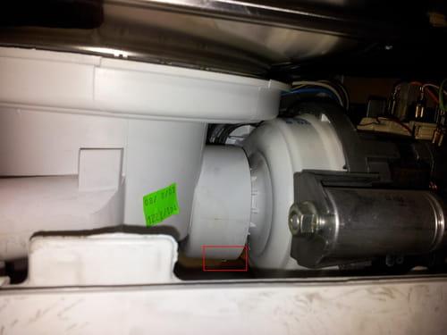 Fuite eau lave vaisselle bosch forum electrom nager - Fuite lave vaisselle ...