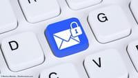 Courriel privé ou Email professionnel?