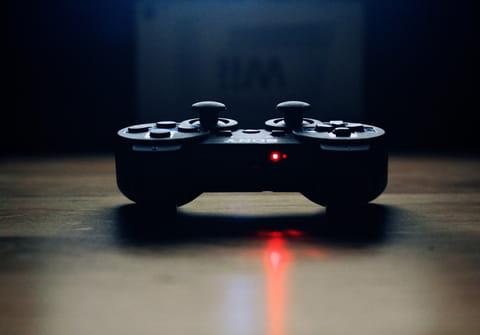 Manette PS4: comment la réinitialiser