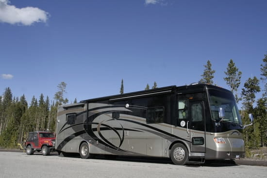 pensez vous que c 39 est une bonne id e d 39 acheter un camping car r solu. Black Bedroom Furniture Sets. Home Design Ideas