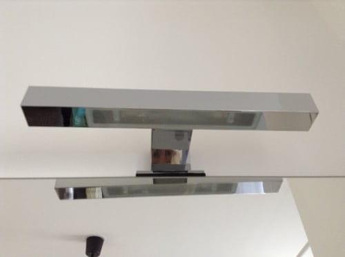 Applique éclairage salle de bain intégrée miroir [Résolu ...