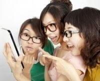 Sur Internet, filles et garçons sont égaux