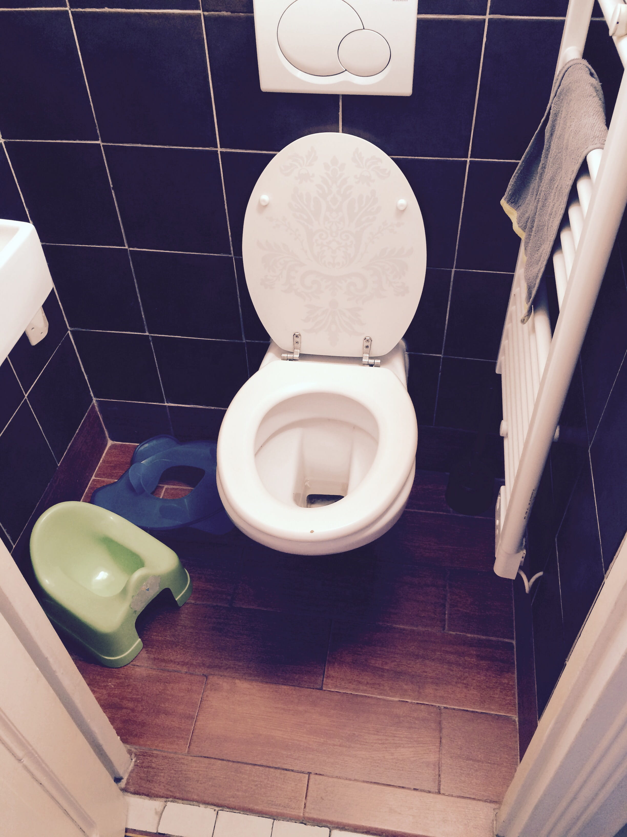 remplacer mes wc d j suspendus par un syst me plus court forum plomberie. Black Bedroom Furniture Sets. Home Design Ideas