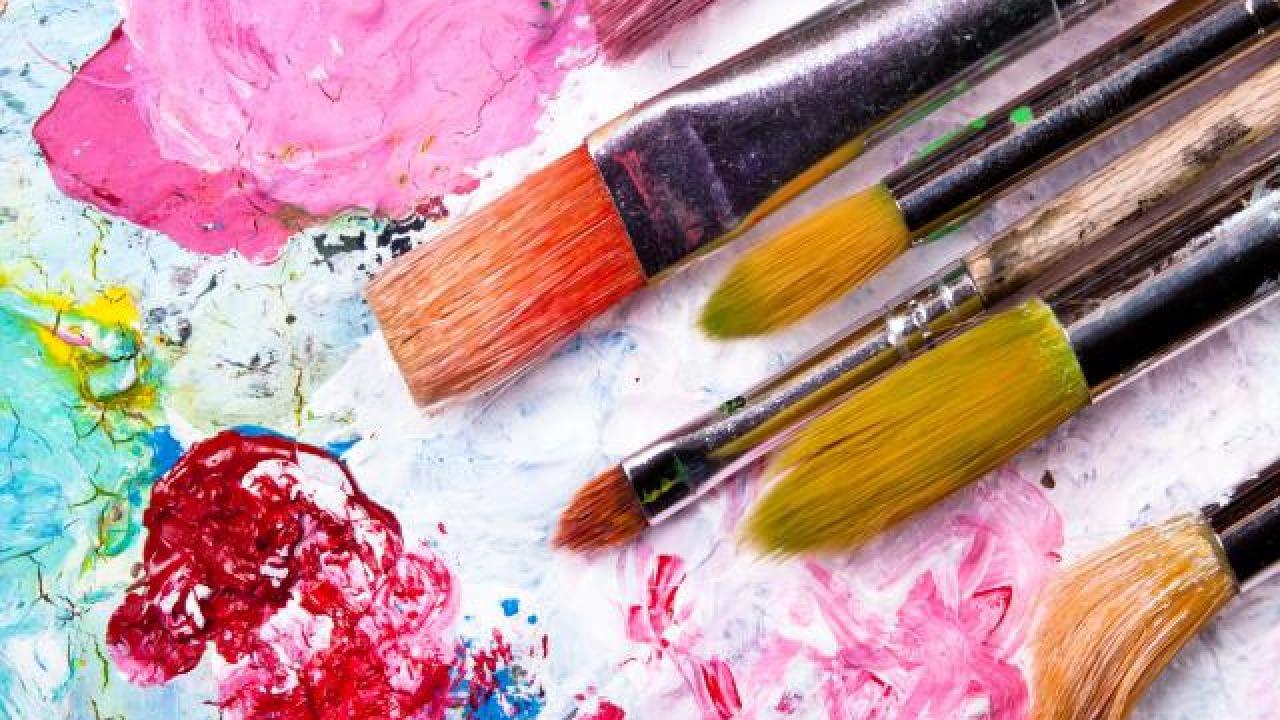 Reprise De Peinture écaillé Sur Mur Blanc Linternaute Com