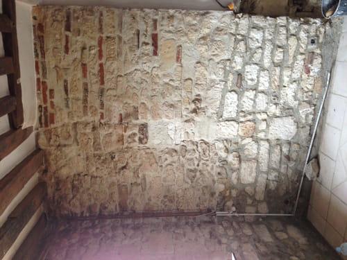 badigeon la chaux sur mur en pierre forum construction et r novation. Black Bedroom Furniture Sets. Home Design Ideas